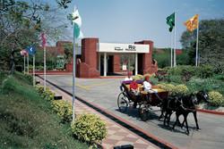 exterior-ITC Mughal Agra