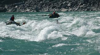 Rafting in Brahamaputra Guwahati
