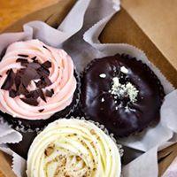 cupcake box.jpg