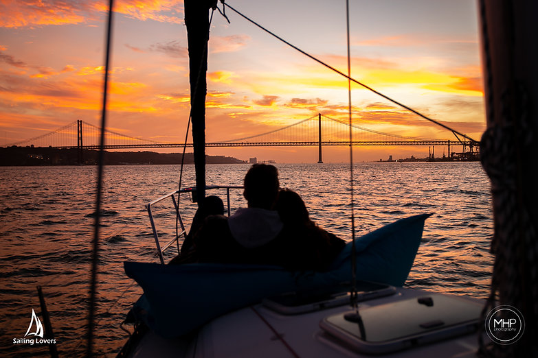 Sailing Lovers-78.jpg