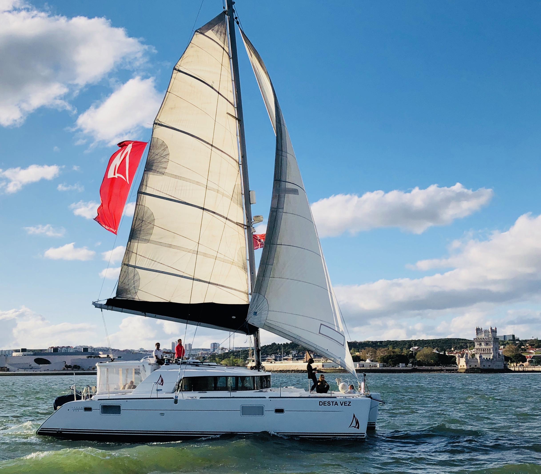 Luxury Catamaran até 16 Pax