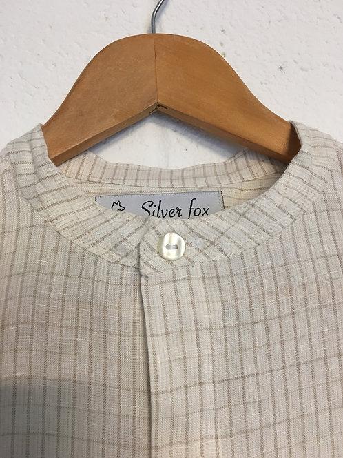 Silverfox white linen grandad shirt with beige obliques. Size38