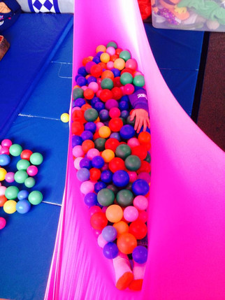 The ultimate invention: the ball pit hammock