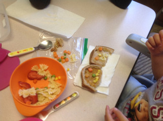 Feeding therapy to encourage better eating