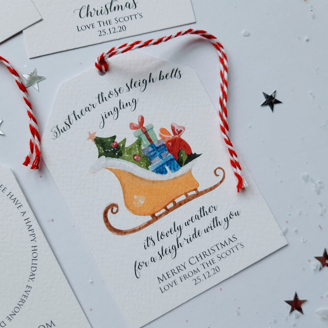 Traditional Personalised Christmas Tag
