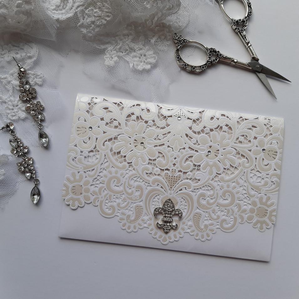 Fleur De Lis - Lasercut Pocketfold