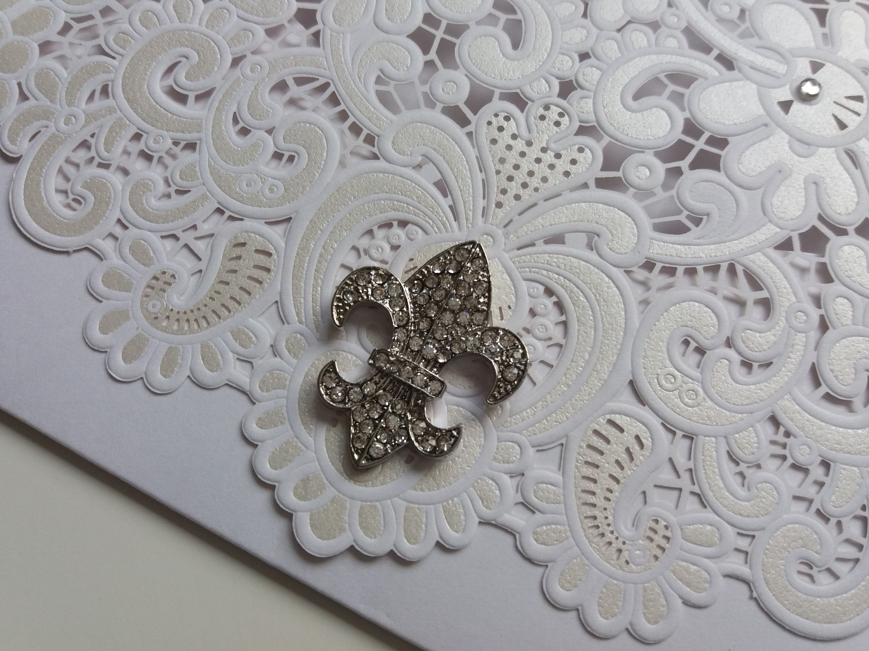 Lasercut wedding invitation - Fleur De Lis