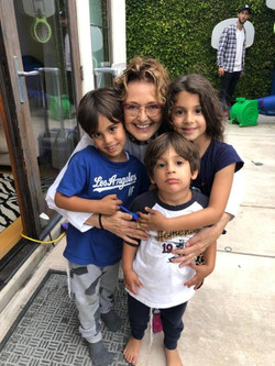 Patricia with kids1