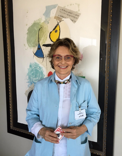 Volunteer at Cedar Sinai