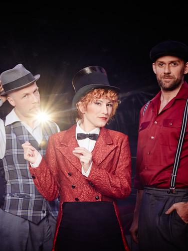 M&TKs_8_PetraBenovsky_Trio_Swingsalabim.