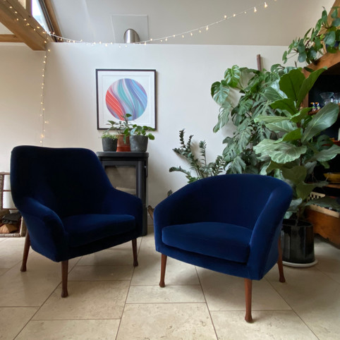 // Pair of armchairs