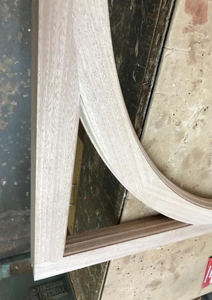 Curved corner light on a sash