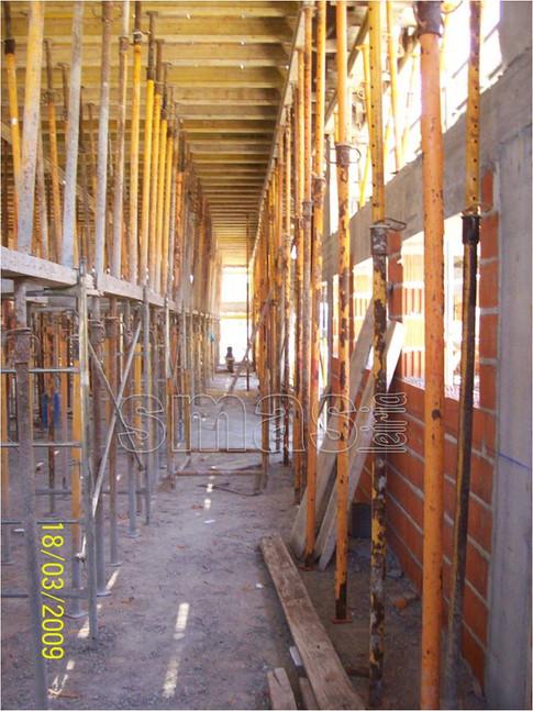 Estrutura  e Alvenaria Vista do Interior