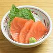 305-Salmon_Sashimi_3pcs.jpg