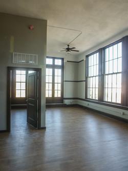 Sands Senior Historic Apartment 1