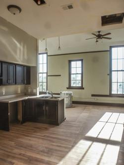 Sands Senior Historic Apartment 2