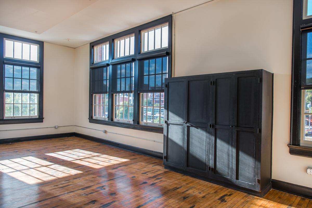 Alumni Lofts Apartment Interior 4