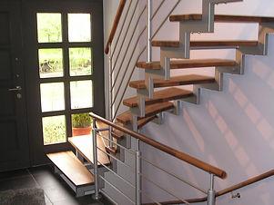 innen-zweiholmtreppe-aus-rechteckrohr-mi
