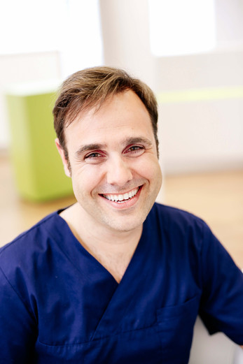 Zahnarztpraxis Dr. med. dent. Thore Kreimeyer 17