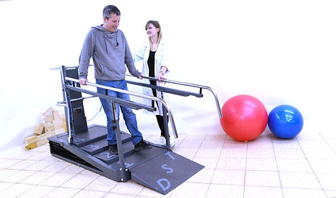 Physiotherapy practice on the DST8000