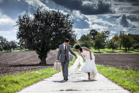 Euer Hochzeitsfotograf Tom Lichtenwalter. Schön das Ihr hier seid. Unvergessliche Augenblicke, die heute wertvoll, und morgen unbezahlbar sind.