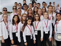 Азербайджанские школьники вернулись на Родину из поездки по России. Фоторепортаж