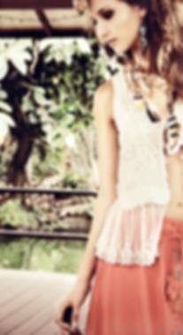 La Vida Romana feather accessories, bohemian jewelry, hippie style, veren extensions, veren in haar, veren sieraden, native fashion, dreamcatchers, romy heezen, antlers, skull necklace, feather extensions, feather necklace, veren sieraden, veren oorbellen