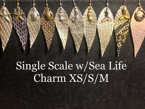 Simple scales with single sea life charm