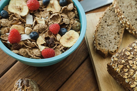 cereal-and-bread-for-breakfast_23-214769