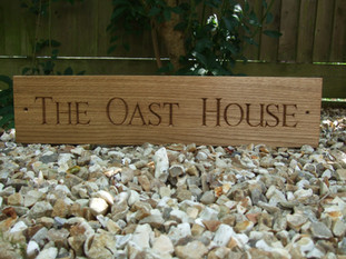 oak house sign