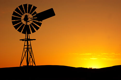 silhouette-windmill-farm