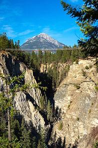 web_views_landscape_credit_maur_mere_hig