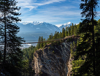web_views_landscape_maur_mere_highres_RM