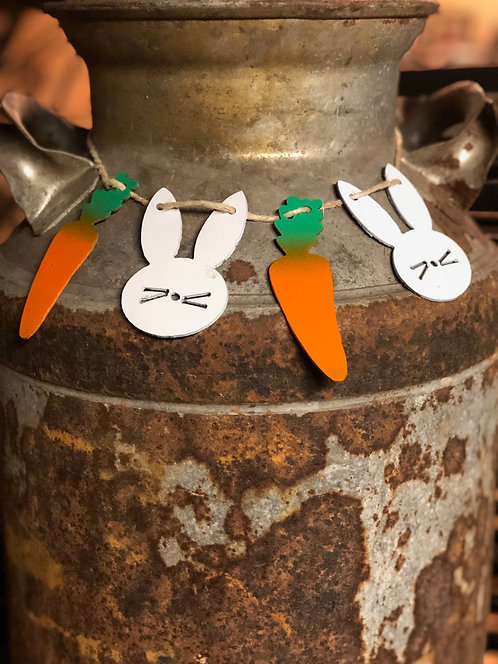 Easter Bunny w/ Carrots Garland