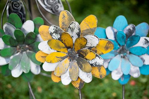 Triple Daisy Flower