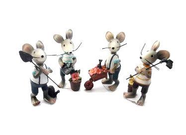 Resin Gardening Mouse