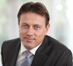 Dr. Gregor Scheja