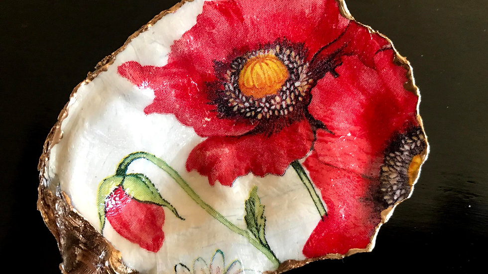 """""""Red Poppy"""" - Oyster Ornament"""
