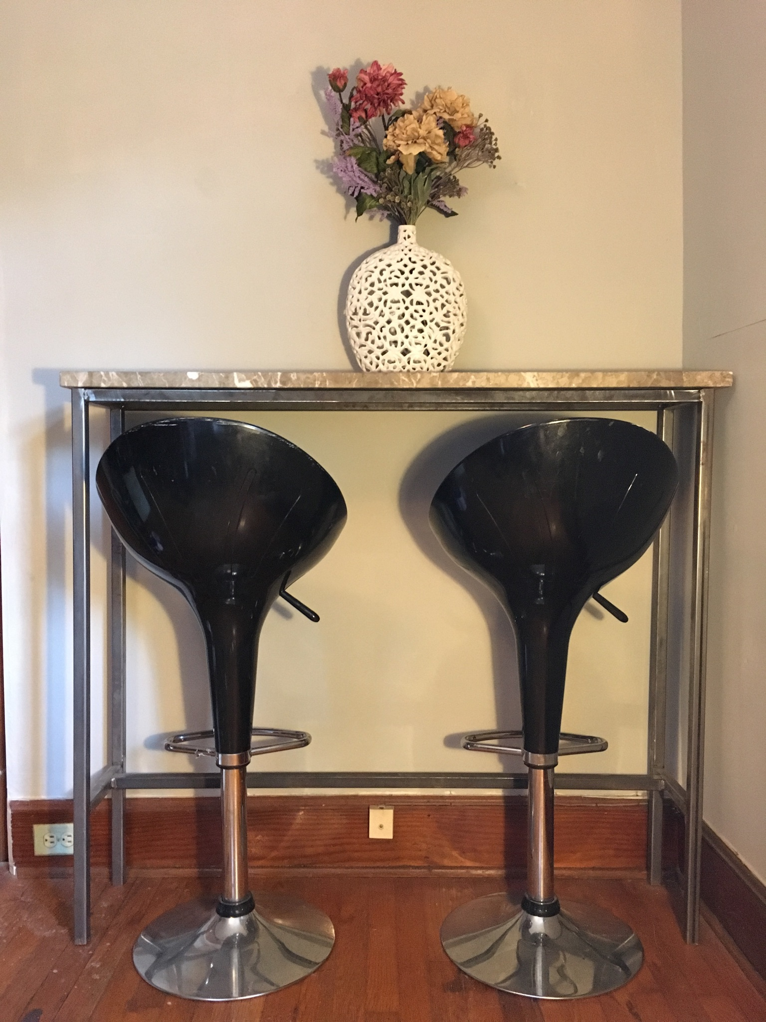 bartop table