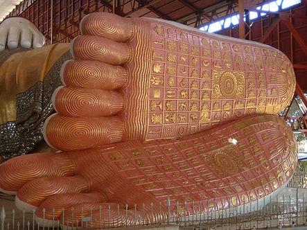 Pieds du Bouddha.jpg