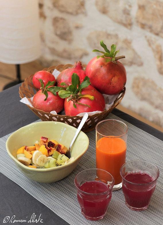 Petit dejeuner jus et couleurs 1 Nathali