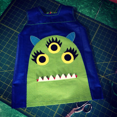 Monster dress with mouth pocket