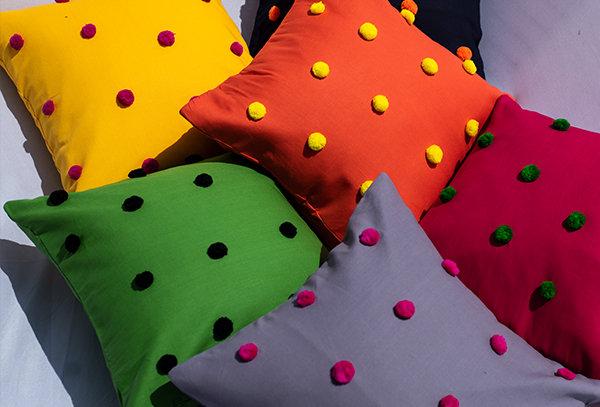 Pompom cushion cover