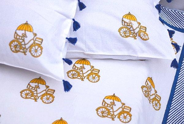 Quirky rickshaw printed bed sheet set