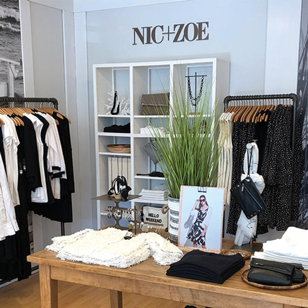 A Conversation with NIC+ZOE: How to Adjust to Our New Retail Landscape >>