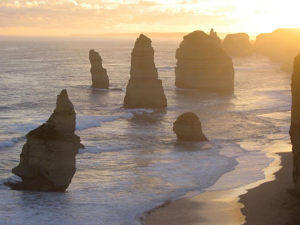12 Apostles Victoria, Australia Photo by Julie Stevens