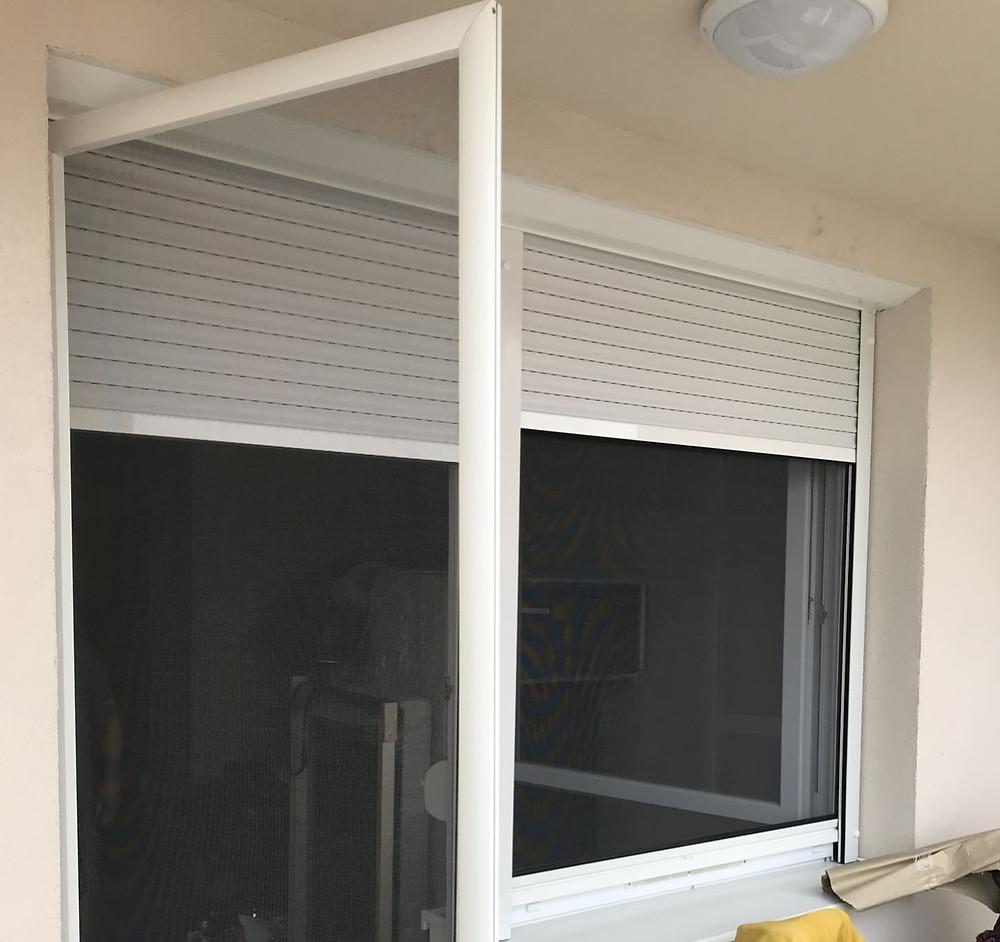 Redőnybeépítés szúnyoghálós ajtóval a Miskolci utcában, Budapesten - Csiziredőny