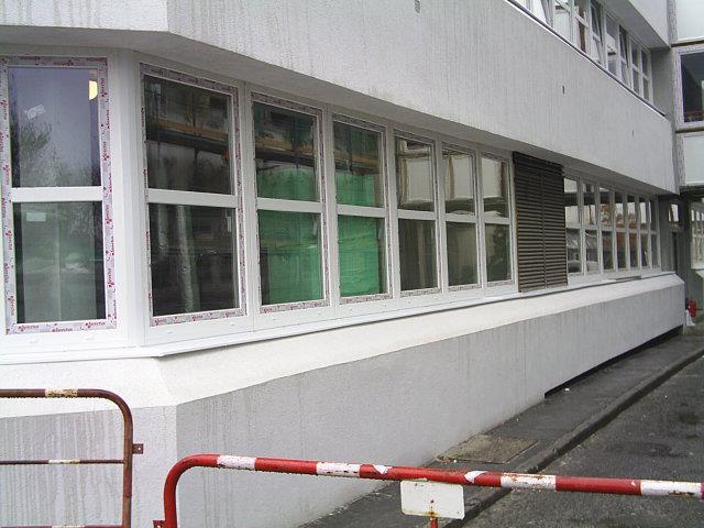 Nyílászárócsere a Pécsi Lánc utcai rendelőintézetben