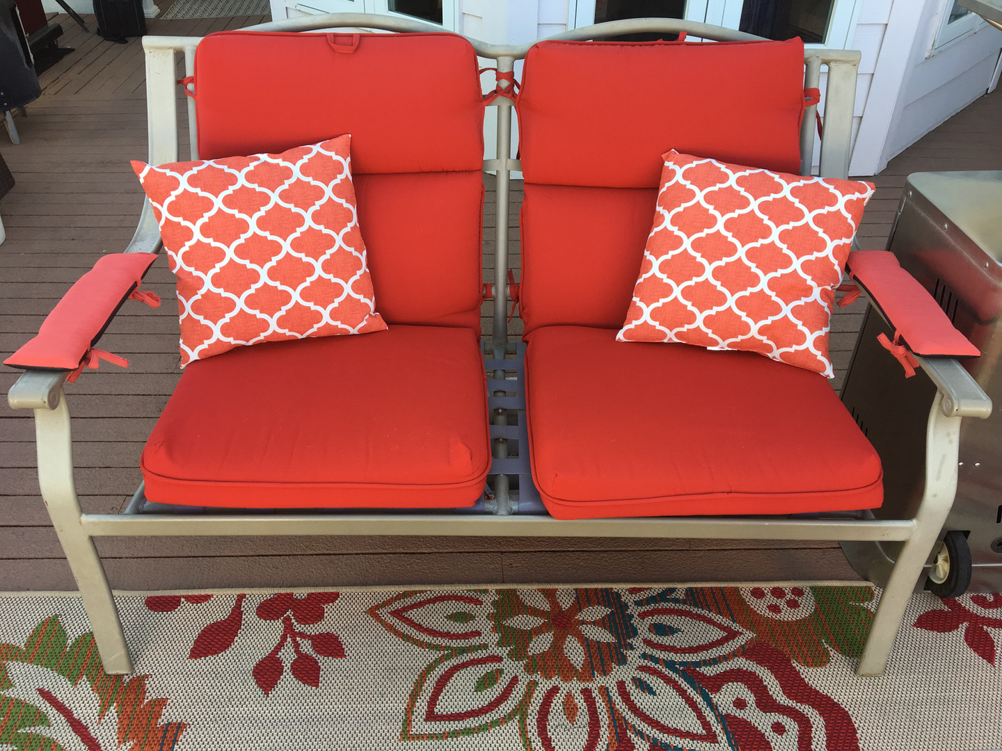 Loveseat with Salmon pads.JPG