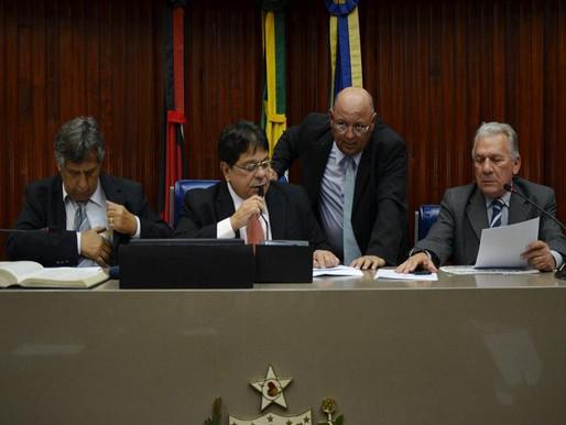 Deputados Estaduais da PB aprovam projeto que regulamenta o transporte alternativo.